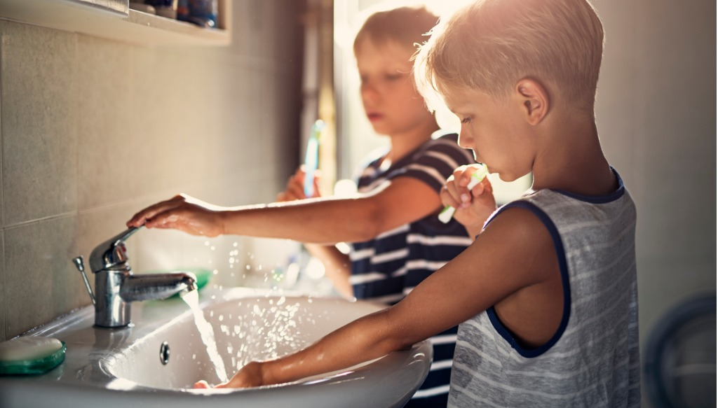 Little boys brushing teeth
